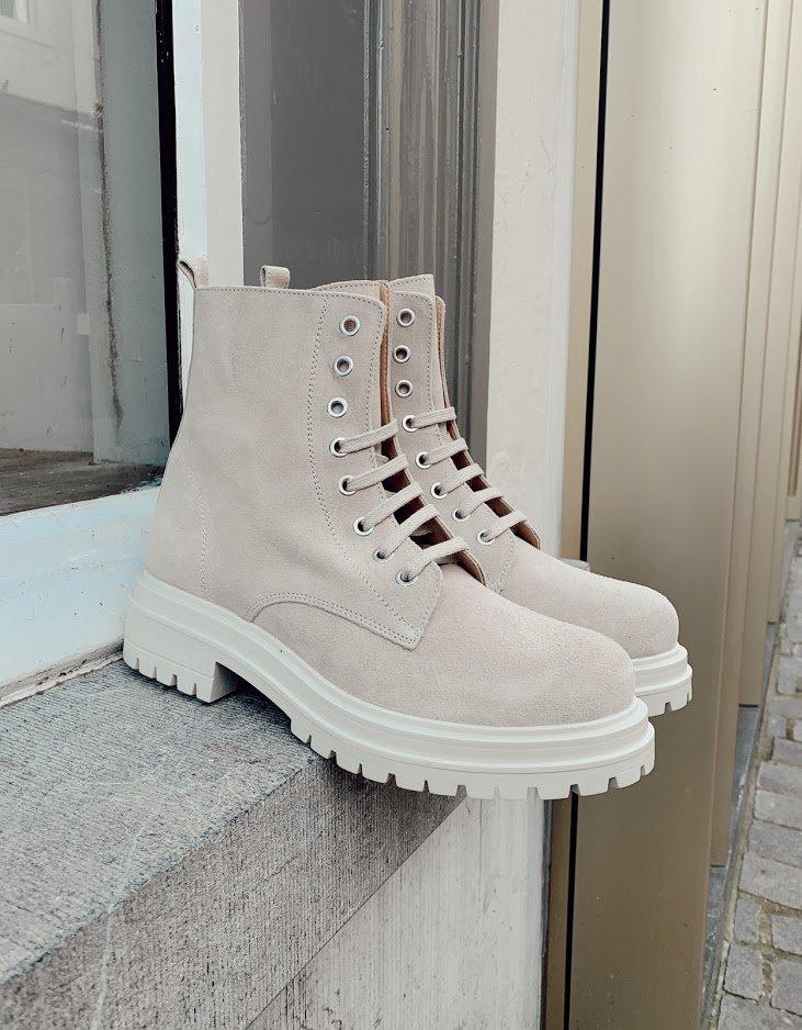 Trend-Alarm: cremefarbene Schuhe von Ca'Shott